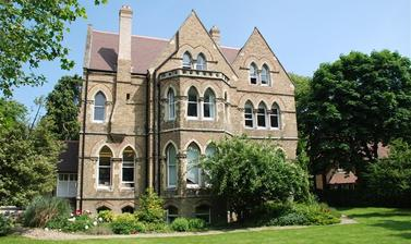 Photo of the side of Wycliffe Hall