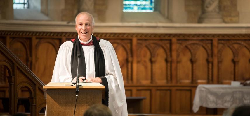 Photo of Michael Lloyd preaching